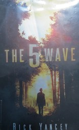 The Fifth Wave book cover